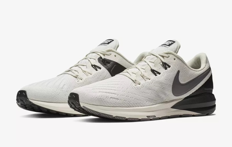 Nike Air Zoom Structure 22 Sneakers 3