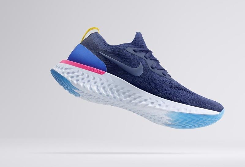 Nike Epic React Flyknit 2 Running Shoe 5
