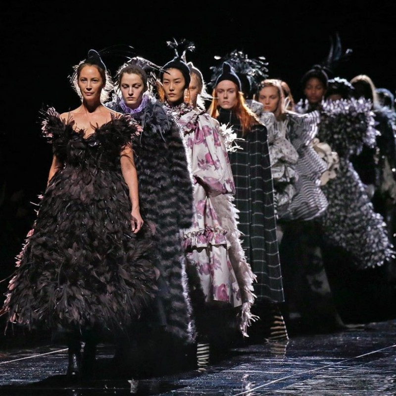 After 25 Years Away From the Catwalk, Supermodel Christy Turlington Returns for Marc Jacobs 2