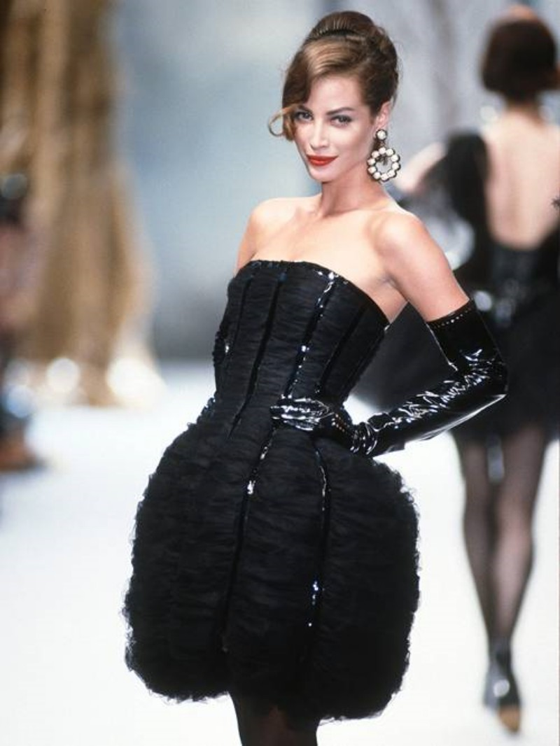 After 25 Years Away From the Catwalk, Supermodel Christy Turlington Returns for Marc Jacobs 5