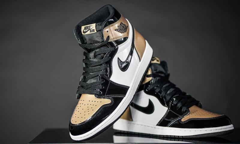 Air Jordan 1 High OG Gold Toe 6