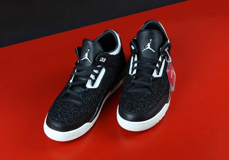 Air Jordan x Vogue III AWOK 10