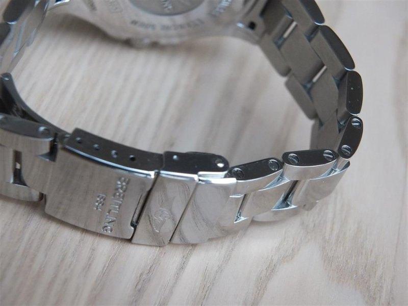 Breitling Superocean II 42 Men's A17365D1-C915-161A Watch - Bracelet