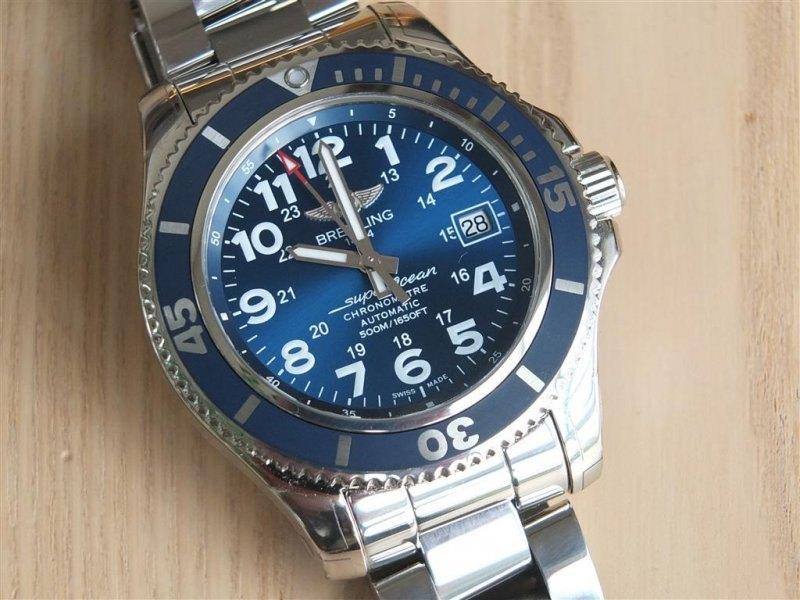 Breitling Superocean II 42 Men's A17365D1-C915-161A Watch - Case