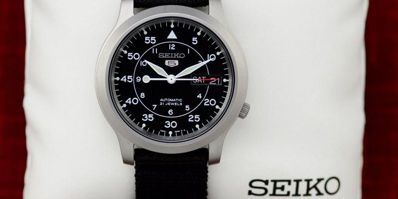Seiko Seiko 5 Men's SNK809 Watch