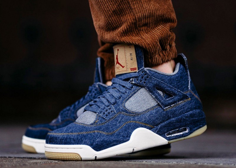 sports shoes e5bdd e6b8d Levi's x Air Jordan 4 Blue Denim Review