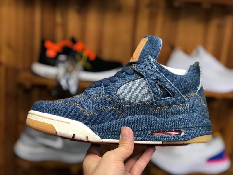 Levi's x Air Jordan 4 Blue Denim 4