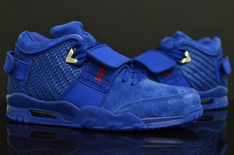 Nike AIR TR Victor Cruz PRM in Rush Blue 5
