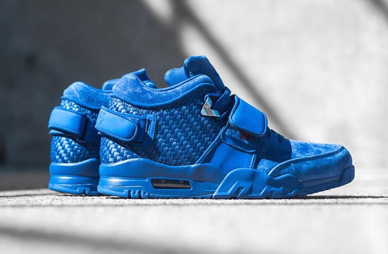 Nike AIR TR Victor Cruz PRM in Rush Blue