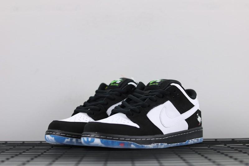"""Nike SB Dunk Low """"Panda Pigeon"""" 4"""