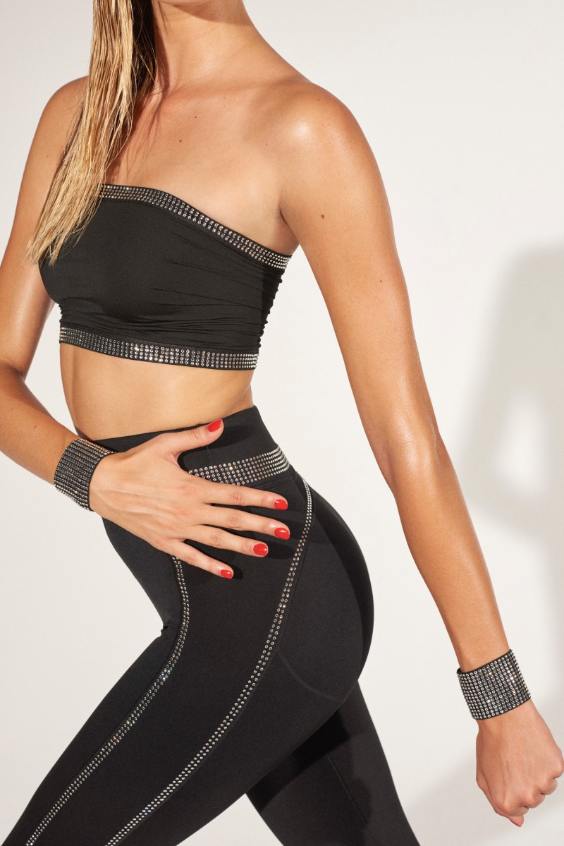 Work Out Your Way to a Better Physique With Adam Selman's Anything But Boring Sportswear 23