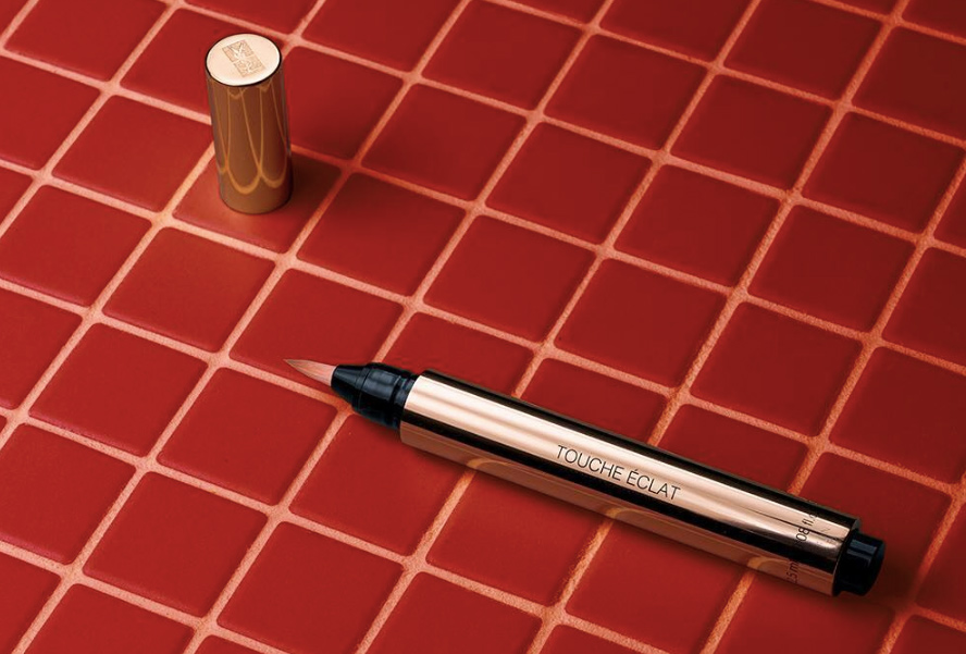 ad18561aabf Yves Saint Laurent Touche Éclat All-Over Brightening Pen Review