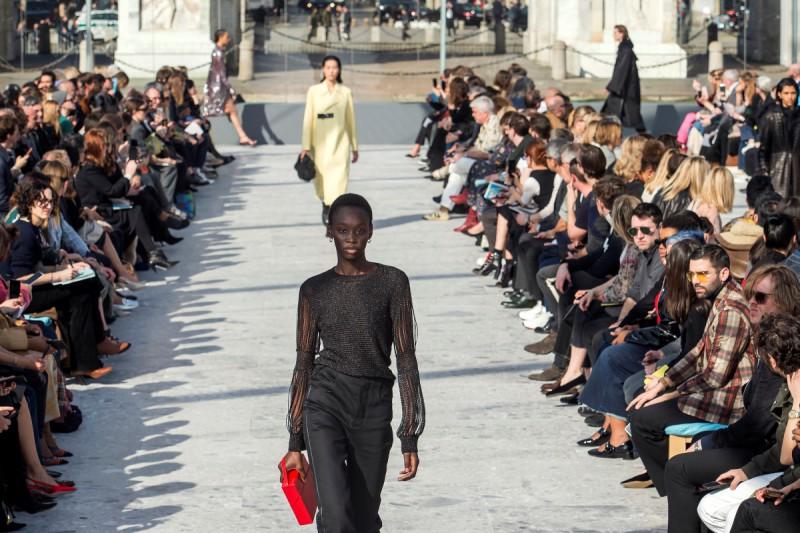 Bottega Veneta's Daniel Lee Proves He is a Designer To Watch With Runway Debut 7