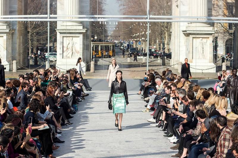 Bottega Veneta's Daniel Lee Proves He is a Designer To Watch With Runway Debut 8
