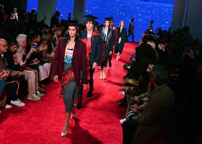 Calvin Klein is Closing Its Luxury Ready-to-Wear Line - Calvin Klein 205W39NYC 5