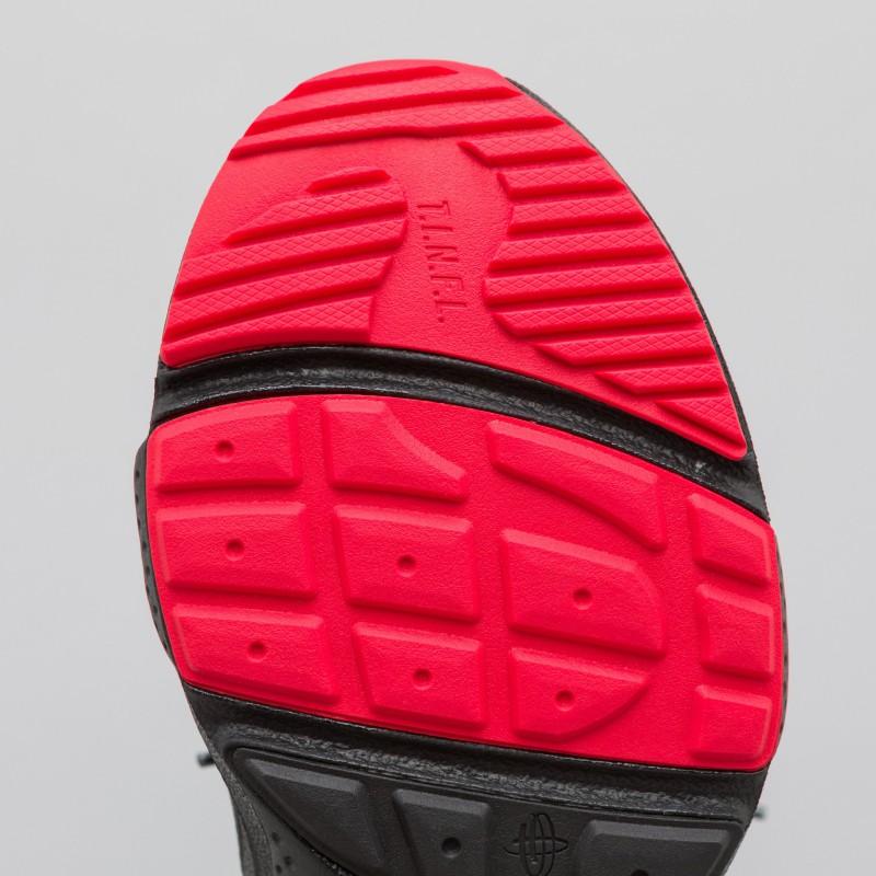 Heron Preston x Nike Huarache E.D.G.E. 7
