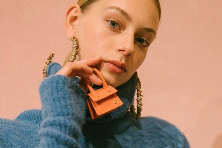 Jacquemus Just Debuted the Mini Le Chiquito Bag, and It's Smaller Than Your Hand - Featured Image