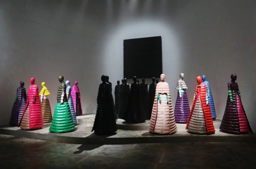 Moncler is All About Puffer Gowns This Time Around, Thanks to Pierpaolo Piccioli - Featured Image