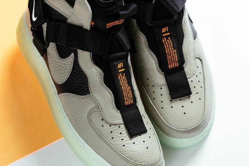 """Nike Air Force 1 Utility Mid Strap """"Spruce Fog"""" 4"""