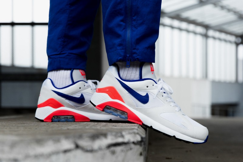 "427045057c Nike Air Max 180 ""Ultramarine"" Review"