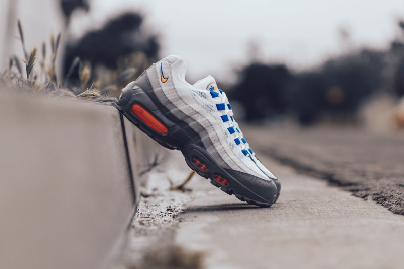 buy online 67a20 be45f Nike Air Max 95 Essential Cool Grey/Total Orange Review