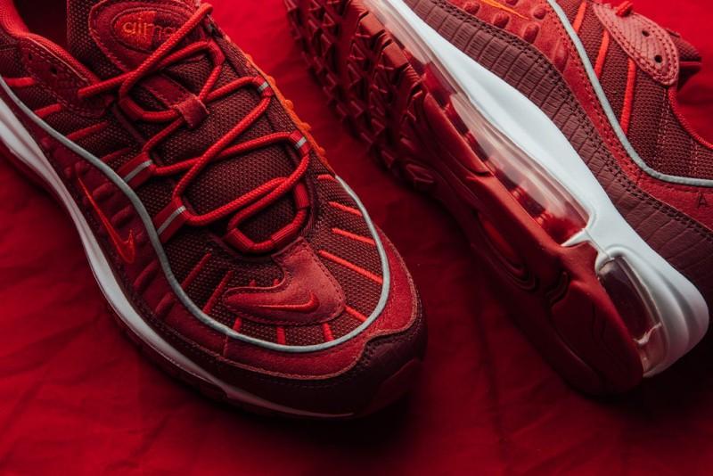 Nike Air Max 98 Team Red 3