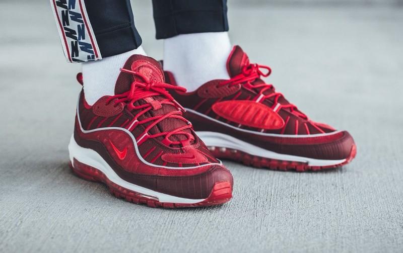 Nike Air Max 98 Team Red 5