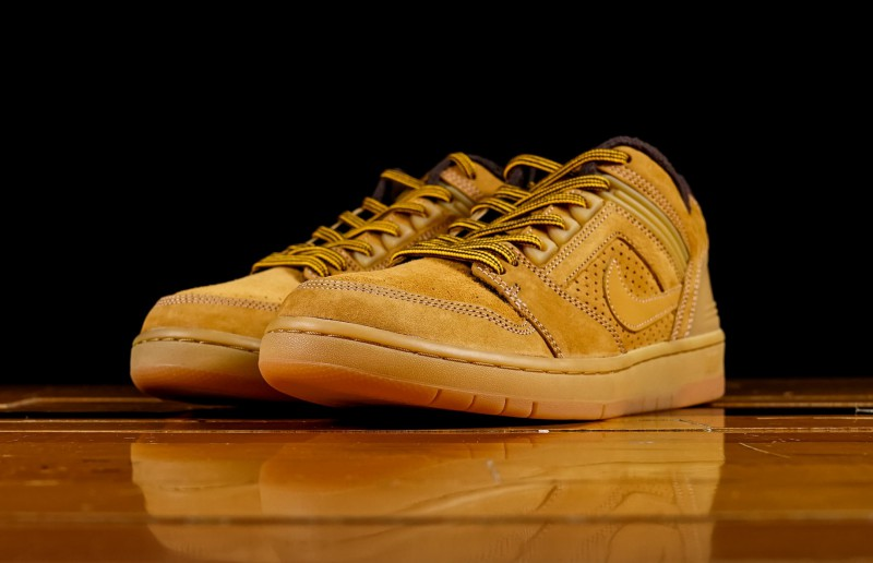 "Nike SB Air Force Low 2 ""Premium Wheat"" 9"