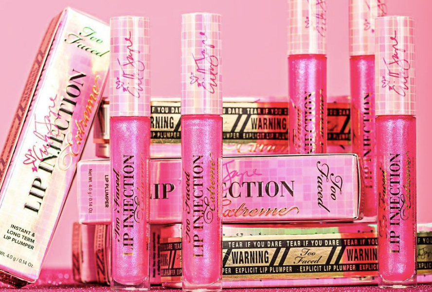 Too Faced Lip Injection Power Plumping Lip Gloss Review