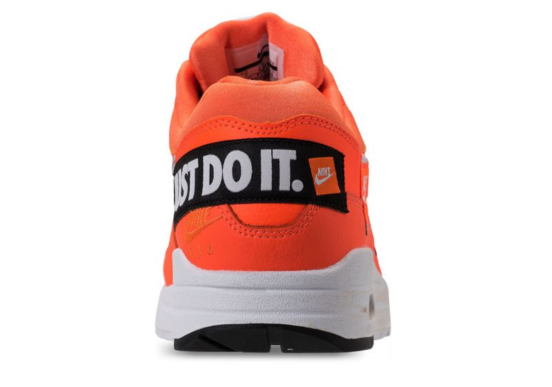 Air-Max-1-Just-Do-It-9