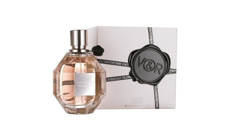 Flowerbomb by Viktor & Rolf Review 1
