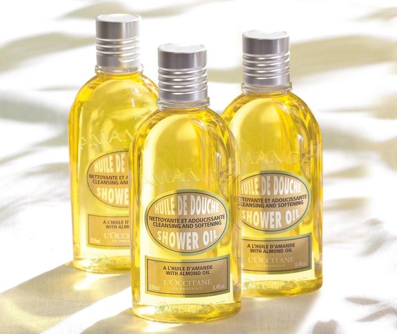 L'Occitane Cleansing & Softening Almond Shower Oil 1