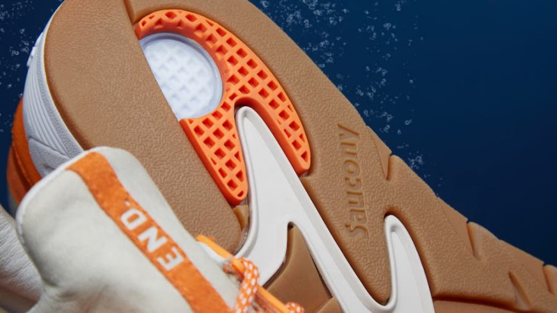 Saucony-Grid-8500-End-X-Lobster-8