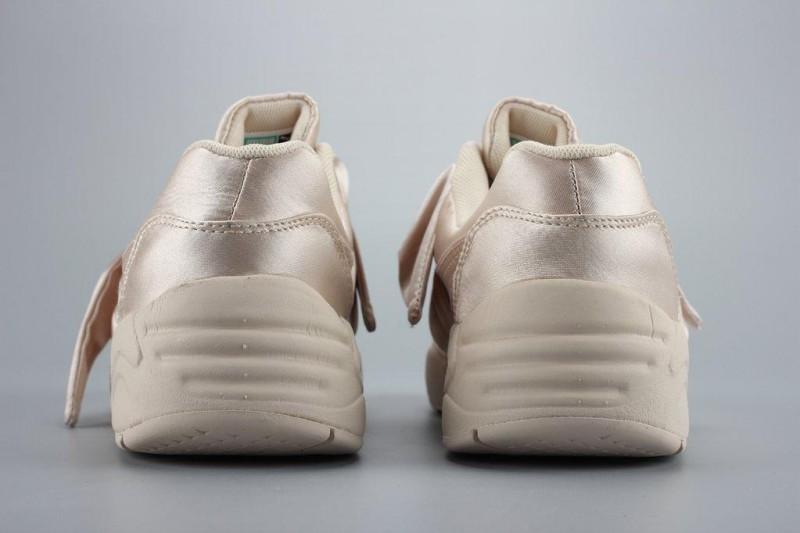 puma-rihanna-x-puma-fenty-bow-trinomic-rihanna-x-puma-fenty-bow-sneakers-9