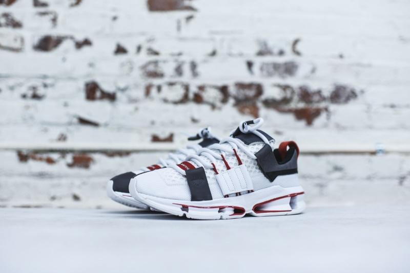 Adidas-Twinstrike-A-D-8