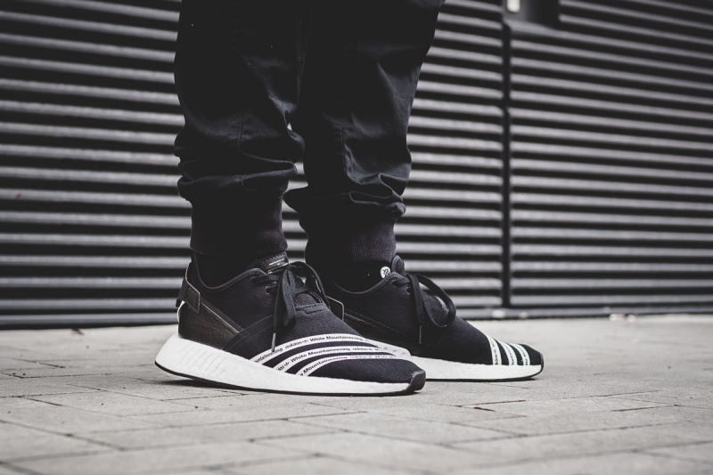 adidas originals x white mountaineering nmd r2