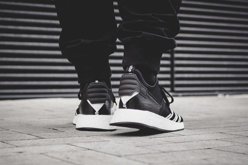 Adidas-WM-NMD-R2-PK-10
