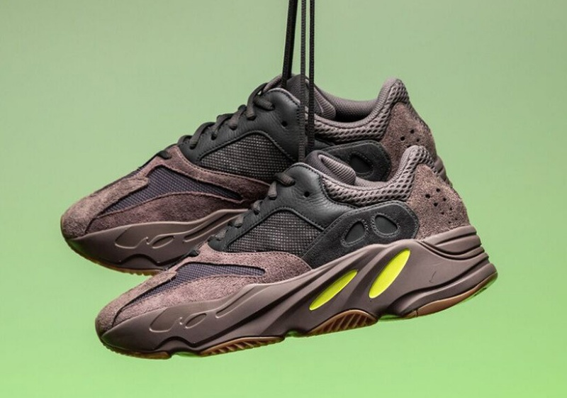 Adidas-Yeezy-Boost-700-'Mauve'-1