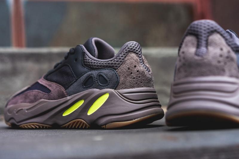 Adidas-Yeezy-Boost-700-'Mauve'-11