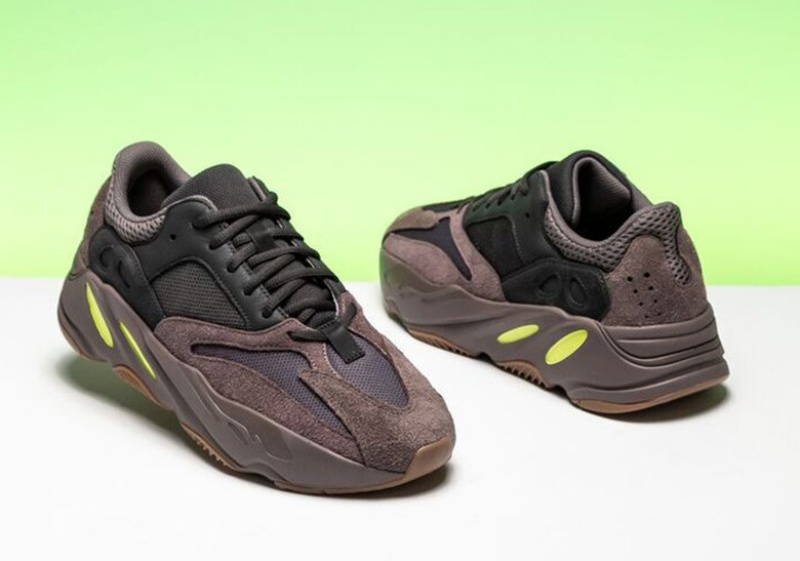 Adidas-Yeezy-Boost-700-'Mauve'-4