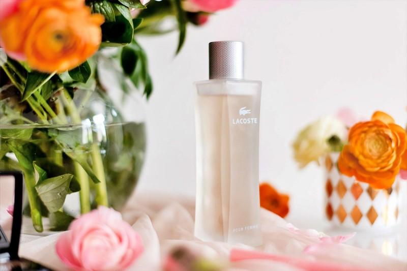 Lacoste Pour Femme Légère by Lacoste Fragrances Review 1