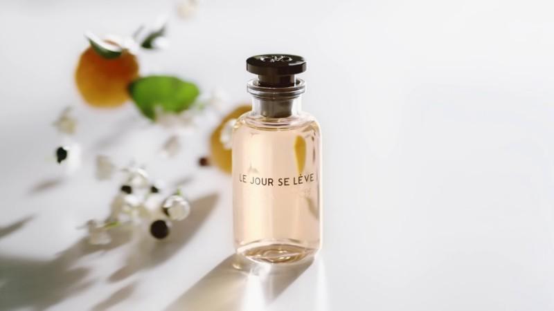 Le Jour Se Lève by Louis Vuitton Review 1