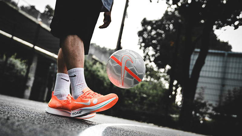 Off-White-x-Nike-Zoom-Fly-Mercurial-Flyknit-5