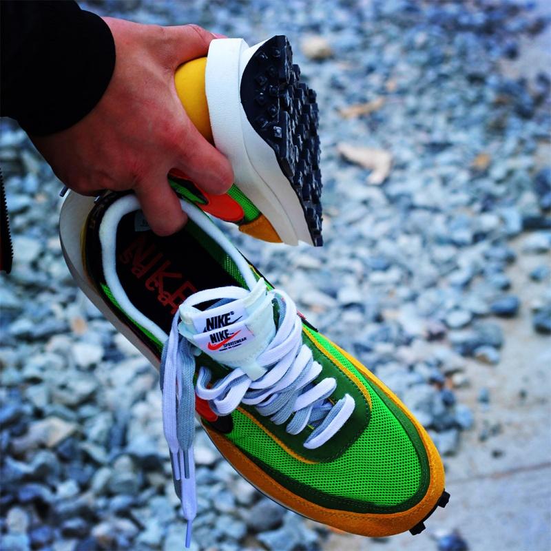 sacai-x-Nike-LDV-Waffle-Trainer-10