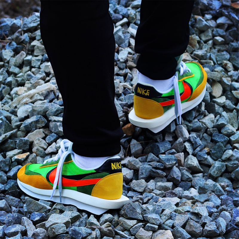 sacai-x-Nike-LDV-Waffle-Trainer-9